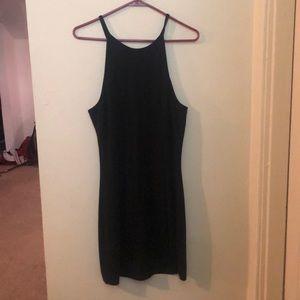 Black bodycon dress!